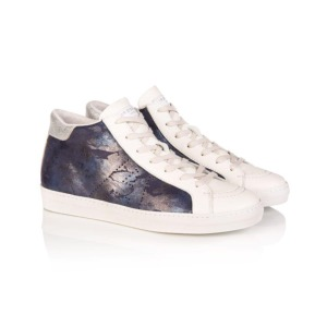 AIR & GRACE Alto Navy Camo High Top Trainer