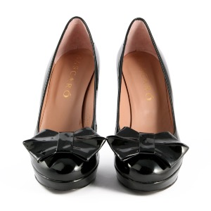 Mascaro Black Patent Bow Court