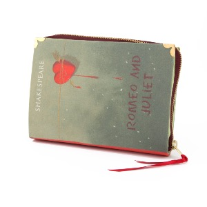 Story Book Clutch Bag Romeo and Juliet