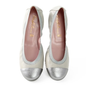 Pretty Ballerinas Soft Grey Leather and Silver Toe Ballerinas Shirley