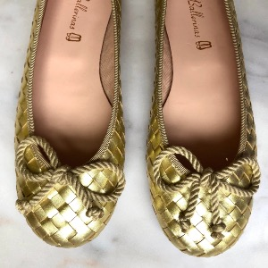 PRETTY BALLERINAS Rosario Gold Weave