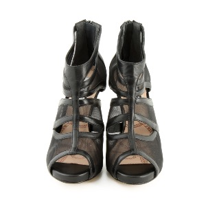 Lucy Choi Black Sandal Arkose
