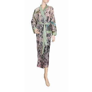 One Hundred Stars Paris Street Map Robe